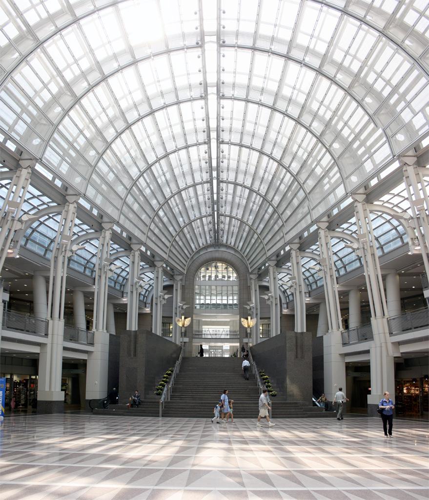 Ronald_Reagan_Building_atrium